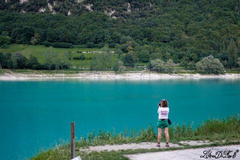 Itinerario in camper al Lago di Tenno: cosa vedere e cosa fare anche con il cane!
