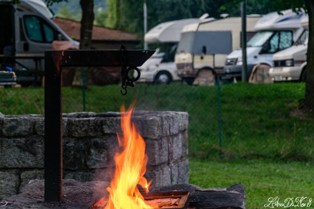 Capo di Ponte area camper barbecue