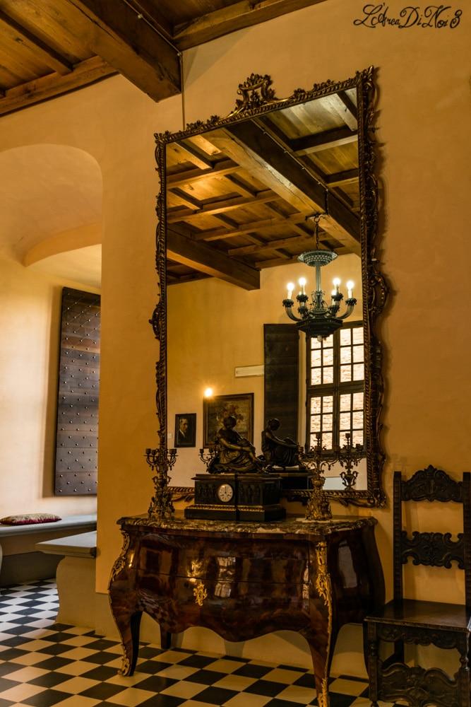 Castello di zavattarello interni mobili l 39 arca di noi 3 for Mobili interni
