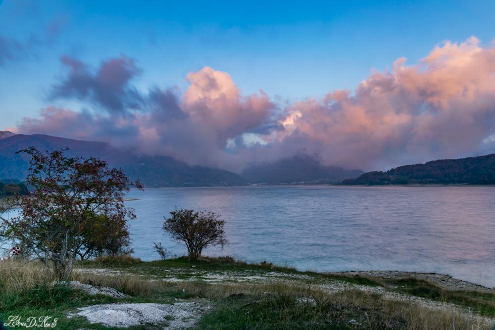 Lago di Campotosto tramonto