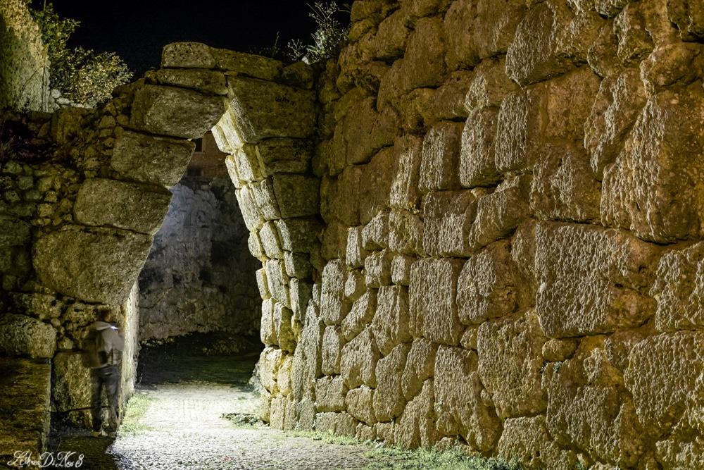 arco a sesto acuto a Civitavecchia di Arpino