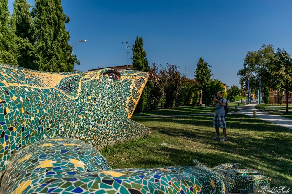 Cento parco del gigante lucertola