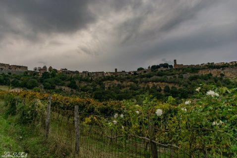 Tuscia in camper: Lubriano e la valle dei calanchi