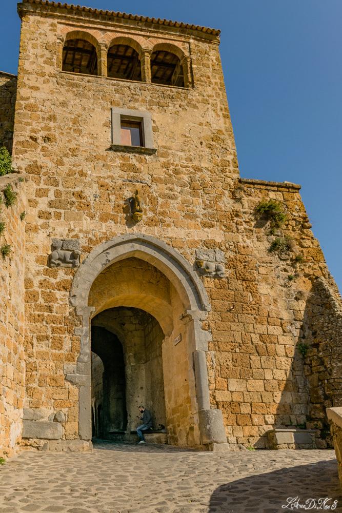 Porta ingresso a Civita di Bagnoregio