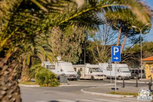 Marina di Carrara parcheggio camper