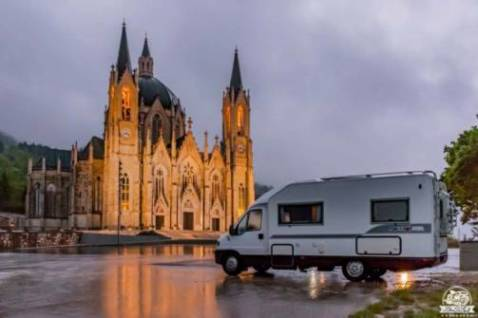 Come visitare il Santuario di Castelpetroso in camper