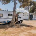L'area attrezzata camper La Zolfara: sostare in Salento tra piscine naturali e faraglioni