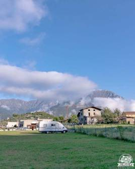 Visitare Bienno in camper: caccia al tesoro nel borgo dei magli e degli artisti