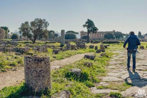 Paestum, Via Sacra