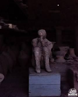 Pompei, calchi di pietra, pensatore