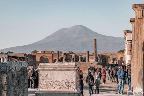 Pompei, il Foro e il Vesuvio